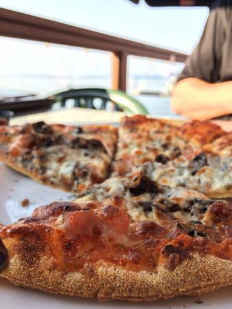 The Shady Rest Waterfront Pub & Restaurant Photo