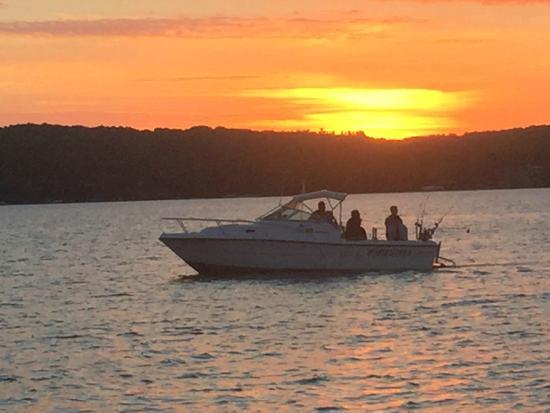 Reel Fun Fishing Charters: Reel Fun Sunrise