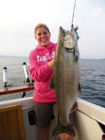 Reel Fun Fishing Charters: Reel Fun Charters 30# Salmon