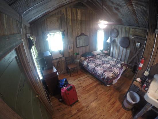 Shack Up Inn: Rooms full of character.