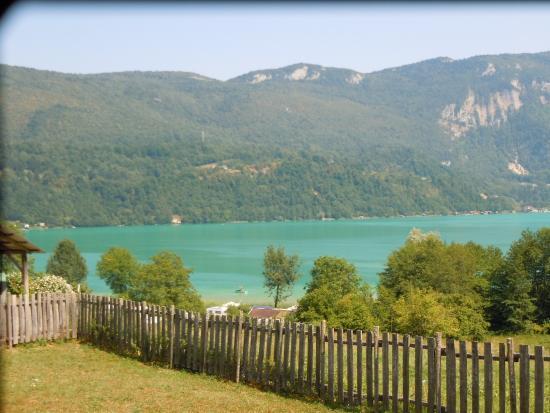Saint-Alban-de-Montbel, ฝรั่งเศส: vue depuis la terrasse du restaurant