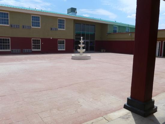 Econo Lodge Pecos: Ramada Inn Pecos