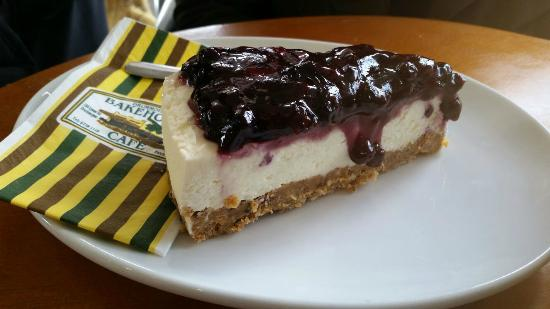 Drummoyne Bakehouse Cafe: Blueberry Cheesecake