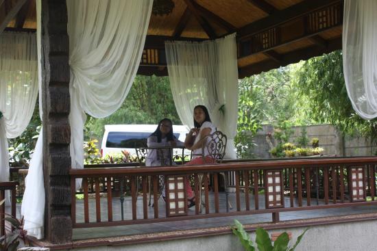 Sophia's Garden Resort: Pergola