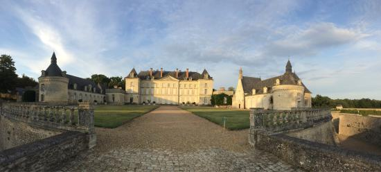 Chateau de Montgeoffroy: photo0.jpg