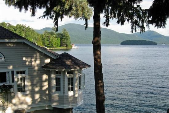 Boathouse Bed and Breakfast A Lake Castle Estate on Lake George: On the boat