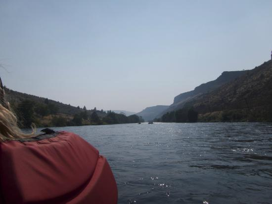 Imperial River Co.: Looking back as we approach Maupin