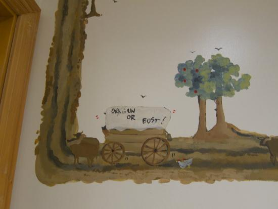 Imperial River Co.: Mural again in the Homestead room (so cute!)
