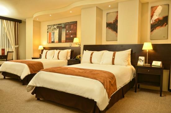 자모라노 레알 호텔