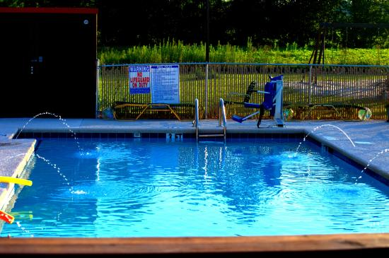 Tabor City, NC: Pool