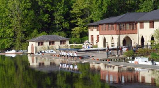 Princeton boat house picture of carnegie lake princeton for The princeton house