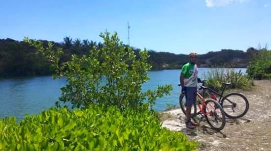 Culebike Adventure: passing freshwater lagoons