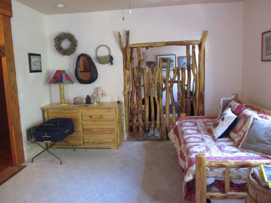 Union, Oregón: Huffman Suite Living Room/Bedroom