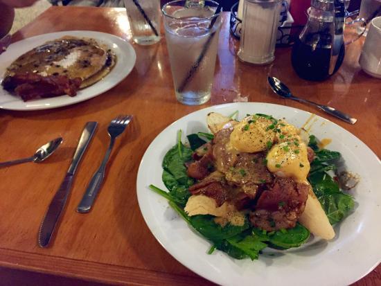 The Ruby Slipper Cafe, French Quarter: photo0.jpg