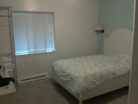 Waterfront Bed & Breakfast: Bedroom