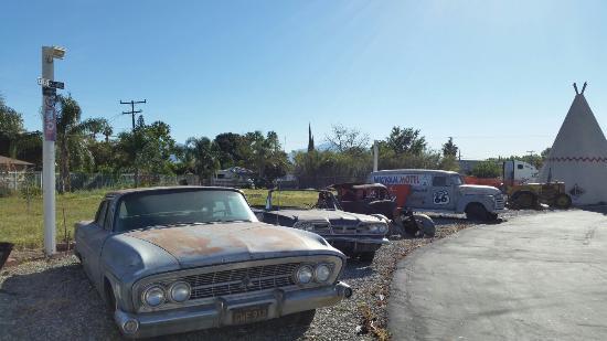 Wigwam Motel: Surroundings