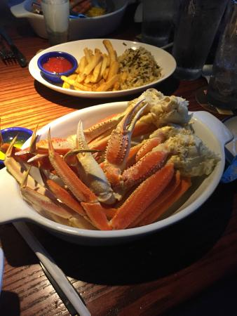Red Lobster: Snow crab legs