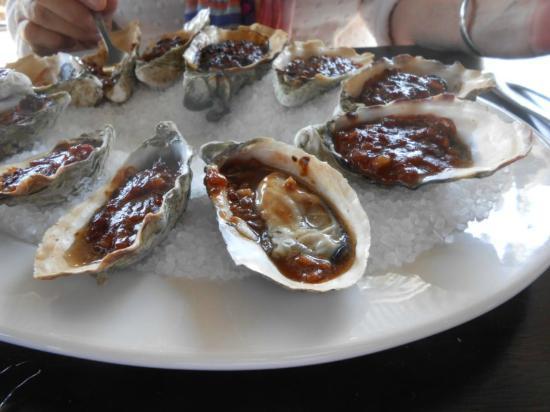 Fish On Parkyn: Oysters kilpatrick