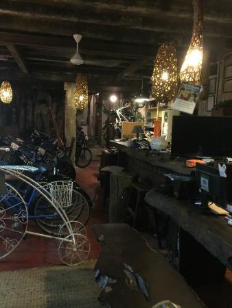 one wayang tours paradesa borneo picture of the radioman heritage rh tripadvisor com