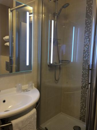 Hotel Inn Design Resto Novo Saint-Brieuc: Vues générales chambre 314