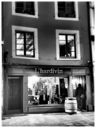 restaurant l 39 hardivin dans mulhouse avec cuisine autres cuisines. Black Bedroom Furniture Sets. Home Design Ideas