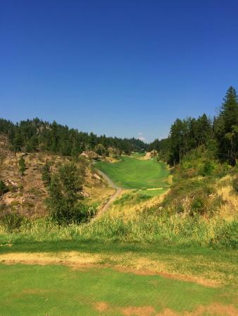 Vernon, Canada: One of the tough, but scenic holes