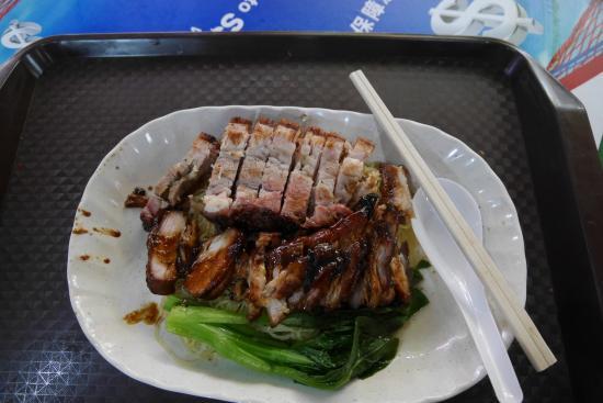 Hotel Miramar: Yummy food so close to the Hotel