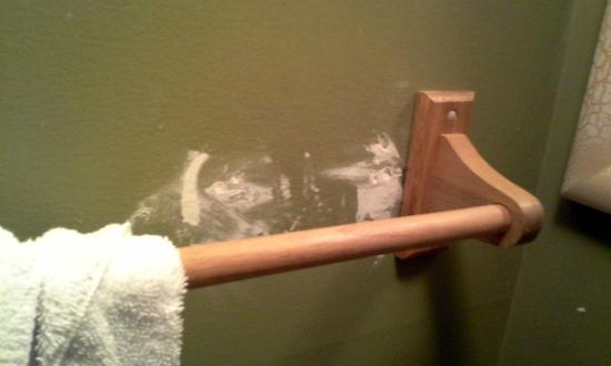 Otter Creek Inn: bathroom repair