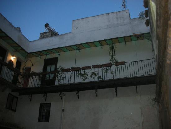 Ai Lumi: Appartamentino ai piani alti, che guarda sul patio interno