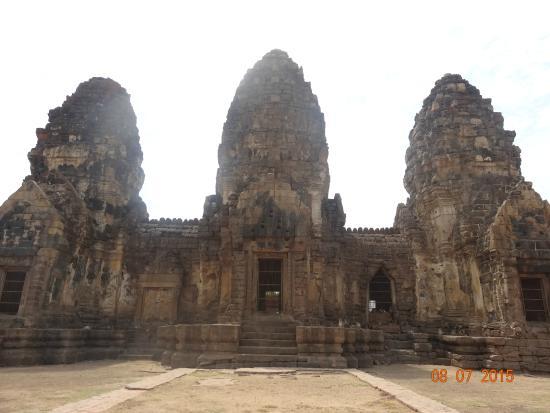 Phra Prang Sam Yod: fotografía de Phra Prang Sam Yot, Lop Buri - TripAdvisor