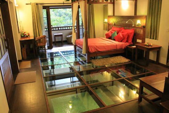 Vythiri Resort Honeymoon Villa