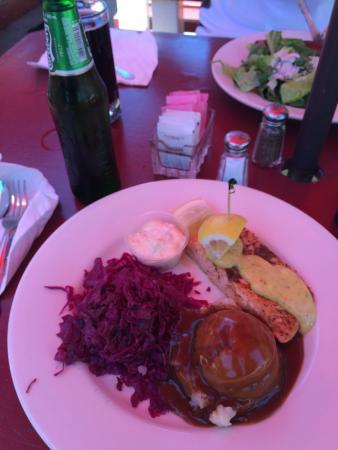 The Viking Garden Restaurant & Cellars : photo0.jpg