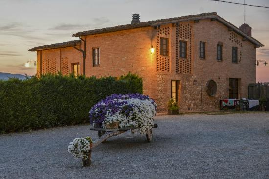 Casa di campagna in toscana sovicille talya konukevi for Casa di campagna toscana