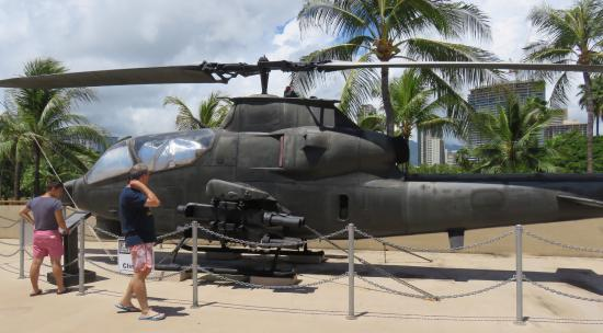 ‪‪US Army Museum of Hawaii‬: Cobra Helicopter‬