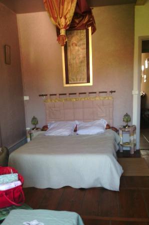 Vieille-Brioude, Francia: notre chambre