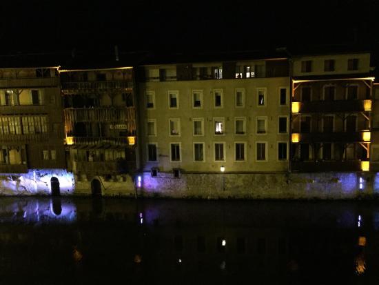 Grand Hotel de Castres: Vu de la chambre 101