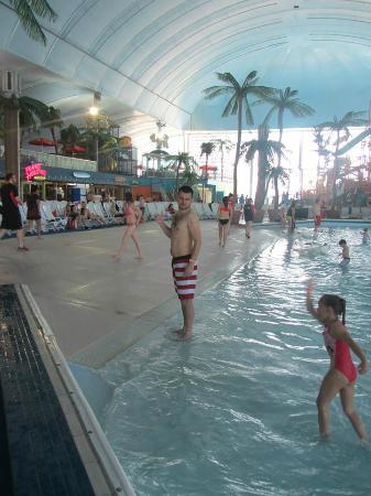Fallsview Indoor Waterpark: Waterpark