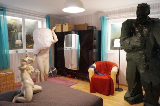 Accident En Cascade Picture Of Hab Galerie Nantes Tripadvisor
