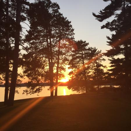 Chippewa Retreat Resort: Beautiful Sunset!