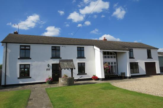 Hoscar Cottage Bed and Breakfast