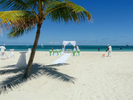 Secrets Royal Beach Punta Cana Wedding Venue