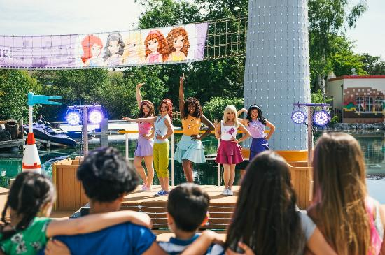 Windsor, UK: Join the LEGO Friends in the all singing, all dancing LEGO Friends to the Rescue!