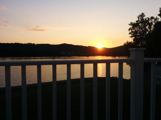 Franklin Furnace, OH: My sunset drink location on the deck