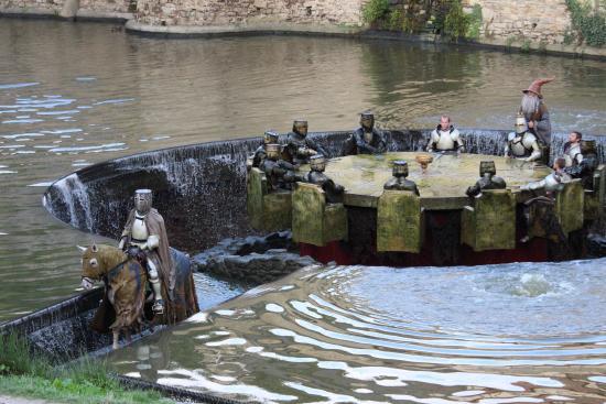 Les chevaliers de la table ronde fotograf a de le puy du - Les chevaliers de la table ronde puy du fou ...