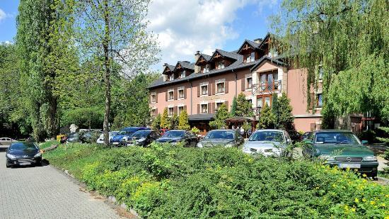 Siemianowice Slaskie, بولندا: Vacanza od strony parkingu...
