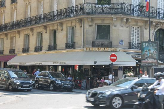 Fleurus Cafe : Вот так это выглядит снаружи
