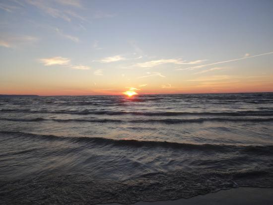 Luau Resort: A Wasaga Beach Sunset