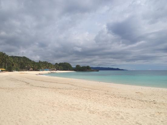 Beach - Shangri-La's Boracay Resort & Spa Photo
