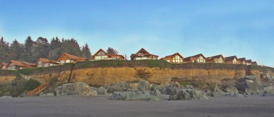 White Rock Resort: Nothing but sand and seaguls between you and the ocean