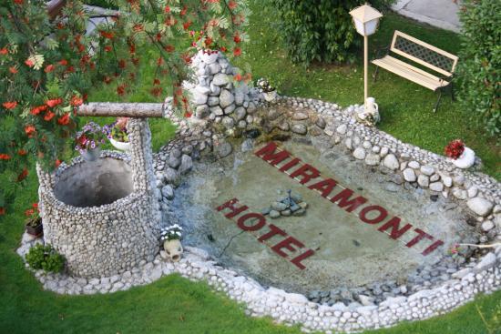 Hotel Miramonti: laghetto